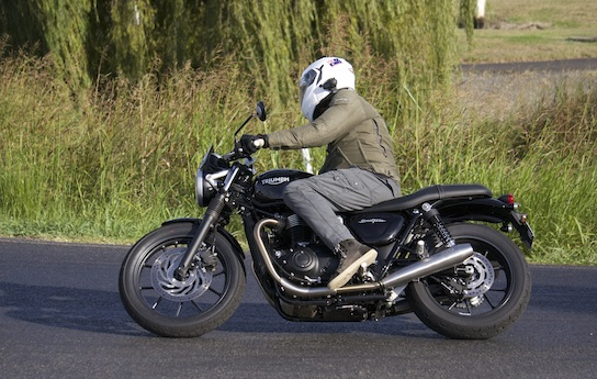 Triumph recalls Bonnevilles over fire risk